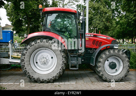 VOORSCHOTEN - A Case IH tractor is seen. This month carmaker Fiat Chrysler Automobiles (FCA) and tractor manufacturer - Stock Photo
