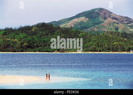 Punta Savuti, Tavewa Island, Yasawa archipelago, Fiji. - Stock Photo