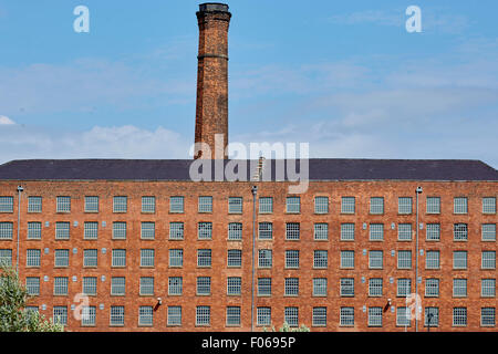 Grade two listed Old Mill, completed in 1798  is the oldest surviving cotton mill in Mancheste part of Murray Mills - Stock Photo