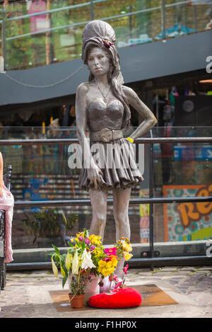 London , Camden Town , statue sculpture bronze memorial Grammy award winning local singer song writer Amy Winehouse - Stock Photo