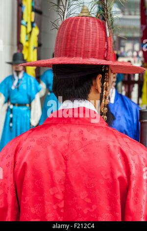 South Korea, Seoul, Jongno-gu, Gyeongbokgung Palace, royal palaces built during the Joseon Dynasty, changing of - Stock Photo