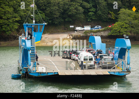 The King Harry Ferry which crosses the River Fal, connecting Falmouth with the Roseland peninsular, Cornwall, UK. - Stock Photo