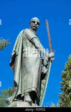 Portugal, North region, Guimaraes, historical center listed as World Heritage by UNESCO, statue of Afonso Henriques, - Stock Photo