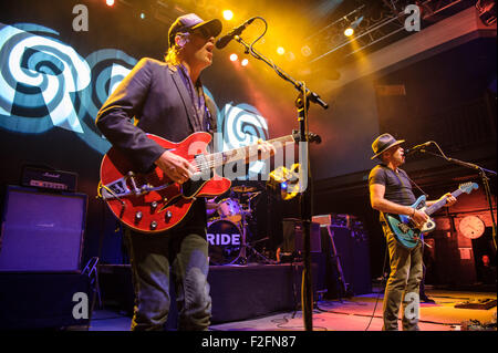 Washington, D.C, USA. 17th Sep, 2015. ANDY BELL and MARK GARDENER of Ride perform at the 9:30 Club in Washington, - Stock Photo