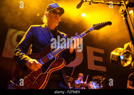Washington, D.C, USA. 17th Sep, 2015. ANDY BELL of Ride performs at the 9:30 Club in Washington, DC on the opening - Stock Photo