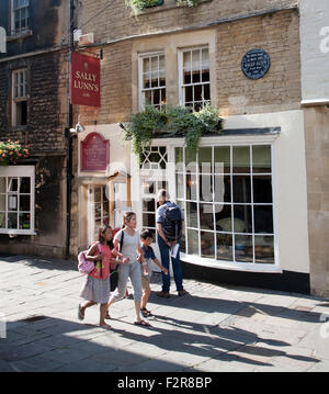 Sally Lunn's tearooms, the oldest house in Bath, Somerset, England, UK - Stock Photo