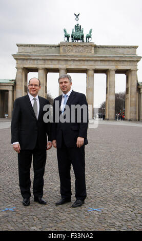 Fuerst Albert II. von Monaco, Klaus Wowereit - Brandenburger Tor, Pariser Platz, Berlin-Mitte. - Stock Photo