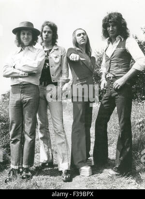 SLADE UK pop group about 1973. From left: Noddy Holder, Jim Lea, Dave Hill, Don Powell - Stock Photo