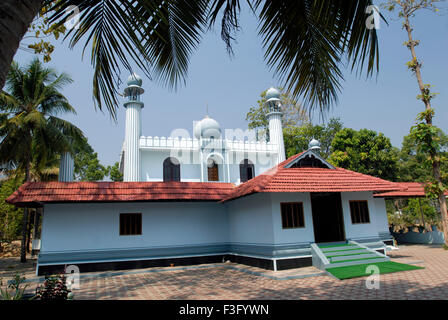 Cheraman Juma Masjid built in 629 AD by Malik Ibn Dinar ; Kodungallur ; Kerala ; India - Stock Photo