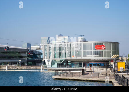 Emirates Air Line, Royal Docks, London, England, U.K. - Stock Photo