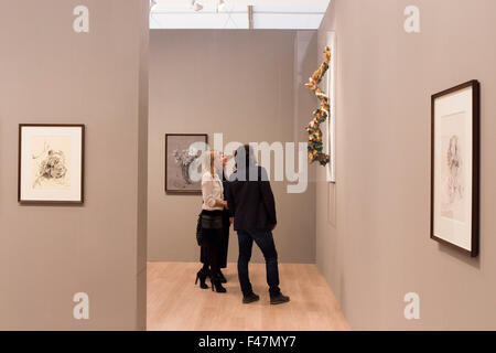 London, UK. 14th October, 2015. Art Frieze fair at  Regents Park in London Credit:  Alessio Paratore - News/Alamy - Stock Photo