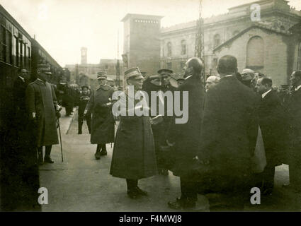 Arrival by train of Victor Emmanuel III, King of Italy - Stock Photo
