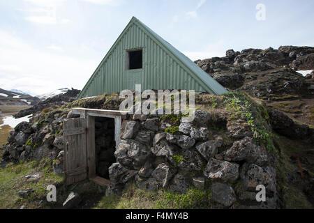 The old mountain shelter at Landmannalugar, Sudhurland, Iceland. - Stock Photo