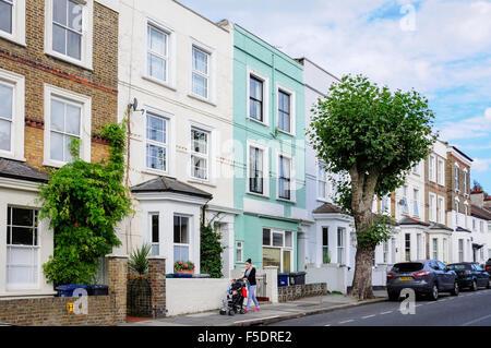 Terraced houses, North End Way, Golders Green, London Borough of Barnet, London, England, United Kingdom - Stock Photo