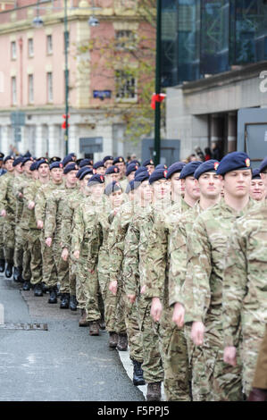 Birmingham, UK. 08th Nov, 2015. Remembrance Sunday: Cadet soldiers to march towards Centenary Square in Birmingham - Stock Photo