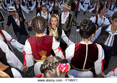 Traditional Serbian folklore dance 'Kolo'. Central city square in Sabac, Serbia. - Stock Photo