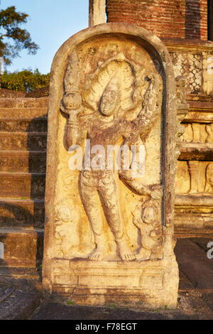 Sri Lanka - stone guard in Vatadage Temple, Polonnaruwa, Ancient City area, UNESCO World Heritage Site - Stock Photo