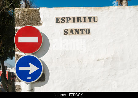 'Espiritu Santo' sign on a white wall in a Spanish town - Stock Photo