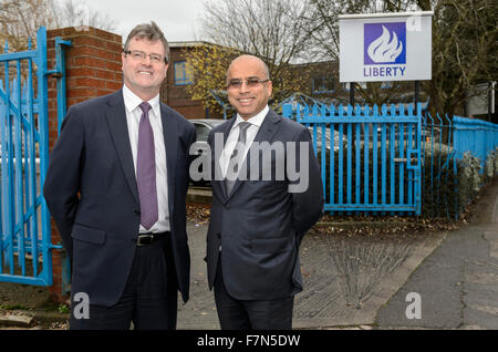 Caparo Tubular Solutions, Oldbury, West Midlands. 1st December 2015. Sanjeev Gupta CEO Liberty House (right) and - Stock Photo