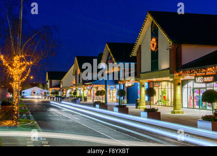 Various shops at East Midlands Designer Outlet (McArthur glen East Midlands). - Stock Photo