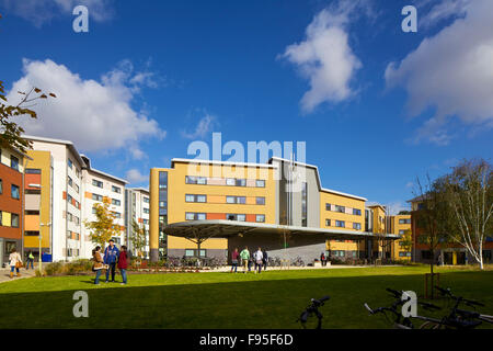 Mackinder and Stenton halls of residence, University of Reading, Berkshire. View of residential halls with students - Stock Photo