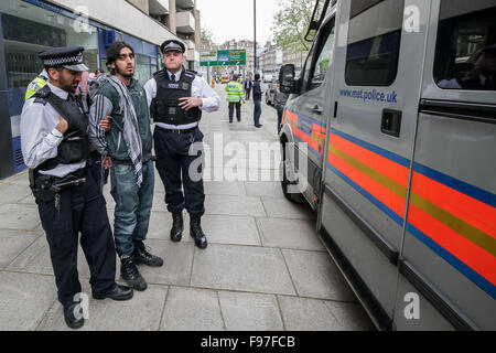 London, UK. 14th December, 2015. File Images from 18th April 2014: British-based Islamist Nadir Syed found guilty - Stock Photo