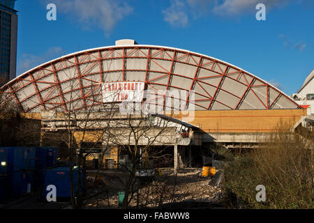 The back of Earls Court 2 Exhibition Centre, West London. Image taken from Brompton Road - Stock Photo