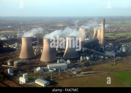 aerial view of Fiddlers Ferry Power Station in Cheshire, UK - Stock Photo
