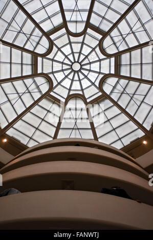 The Solomon R. Guggenheim Museum, New York, USA - Stock Photo
