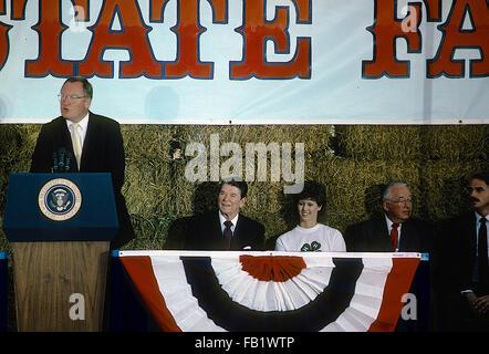 Springfield, Illinois, USA, 12th August ,1986 President Ronald Reagan along with Illinois Governor James Thompson - Stock Photo
