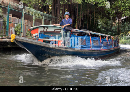 Public transport boat on the canals, Bangkok - Stock Photo
