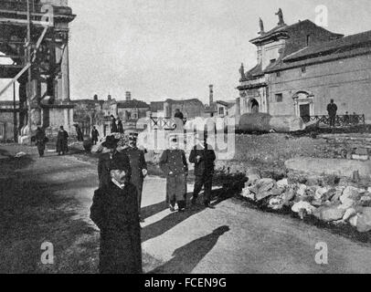 Italy. Rome. King Victor Emmanuel III (1869-1947) visits the Imperial Court, December 1905. Photography. 'La Ilustración - Stock Photo