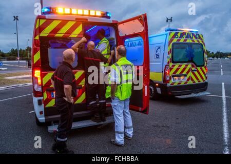 ILLUSTRATION EMERGENCY MEDICAL SERVICE AND FIREFIGHTERS - Stock Photo