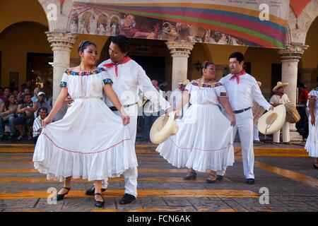 Guest musicians and dancers from Tabasco State during a performance on the weekly sunday morning show in Merida, - Stock Photo