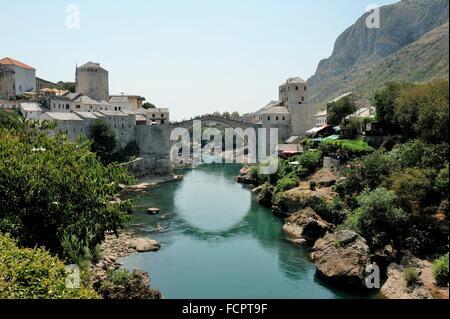 The reconstructed Stari Most (Old Bridge) over Neretva River at Mostar, Bosnia & Herzegovina - Stock Photo