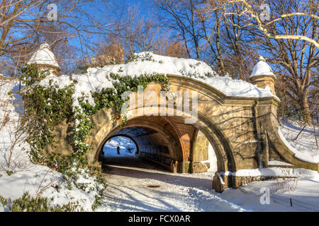 Meadoport Arch stone double arch and tunnel the morning after the blizzard of 2016 in Prospect Park, Brooklyn, New - Stock Photo