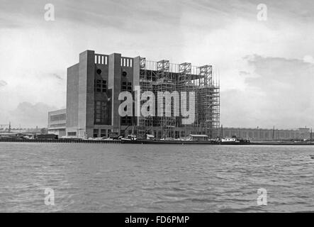 Automobile industry: VW plant under construction - power plant of the VW plant, 1939 - Stock Photo