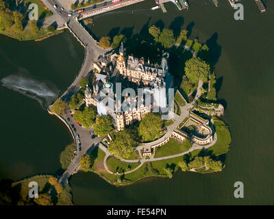 Europe, Germany, Mecklenburg Western Pomerania, Schwerin. Schwerin Castle. - Stock Photo