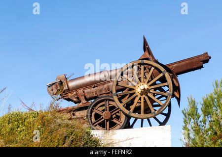 Vintage defense artillery, SECN 155mm 1938 gun in La bateria park, Torremolinos, Costa del Sol, Spain. - Stock Photo