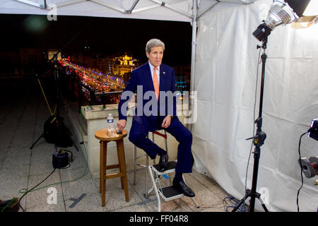 Secretary Kerry Tapes A Series Of Sunday News Program Interviews Following The COP21 Climate Change Conference - Stock Photo