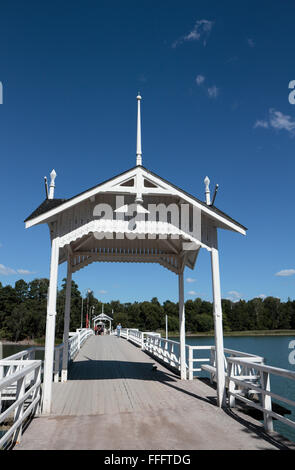 The bridge, with pavilions, linking Seurasaari Island and Open-Air Museum to the mainland, Helsinki, Finland. - Stock Photo