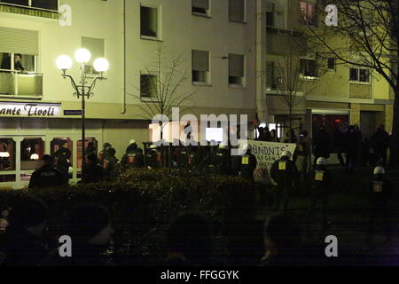 Worms, Germany. 13th February 2016. Counter protesters are kept away from the right wing march by riot police. Around - Stock Photo