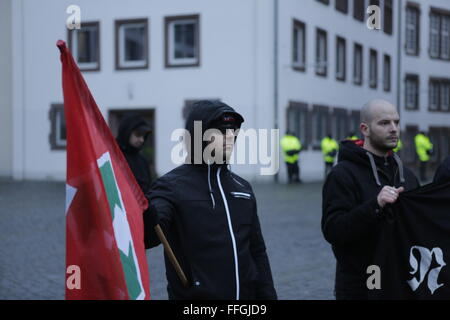Worms, Germany. 13th Feb, 2016. The right wing protesters hold a small rally at the market square of Worms. A Hungarian - Stock Photo