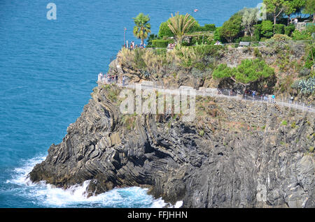 The popular coastal path linking the villages in the Cinque Terre on Italy's Ligurian coast - Stock Photo