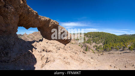 Gran Canaria, Las Cumbres - the highest areas of the island, eroded stone arch La Ventana del Nublo, Roque Nublo - Stock Photo