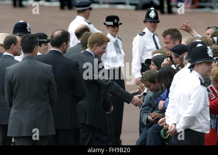 Prince Harry greets well-wishers on a walkabout in the Mall before a special pageant marking Queen Elizabeth II's - Stock Photo
