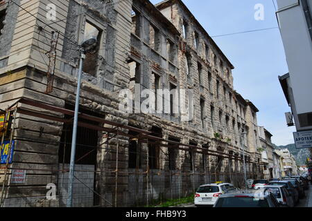 A building destroyed during the Bosnian War in Mostar. - Stock Photo