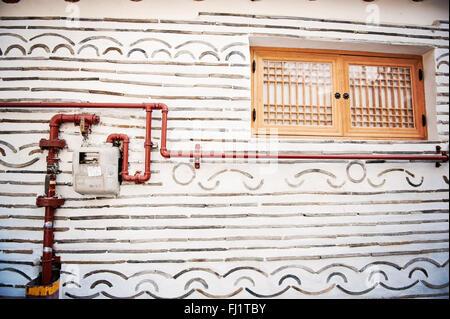 Wall of historic home in Hanok Bukchon Village, Seoul - Stock Photo