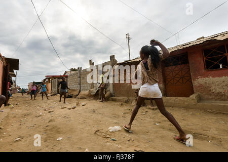 Life in Bairro Rangel, Luanda, Angola, Africa - Stock Photo