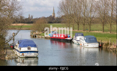 The upper reaches of the River Thames near St John's Lock and the Cotswold town of Lechlade on Thames, Oxfordshire, - Stock Photo